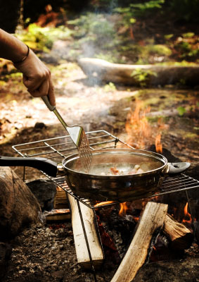 Camp-fire-cooking-283x400
