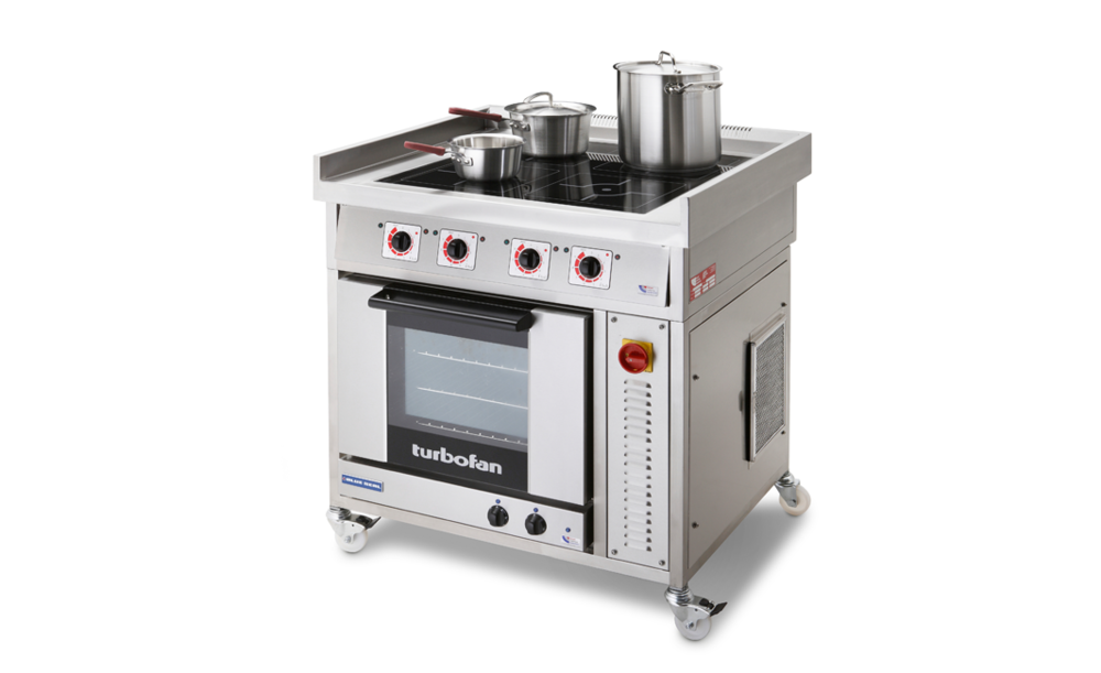 commercial-induction-range-with-oven-with-pans.png