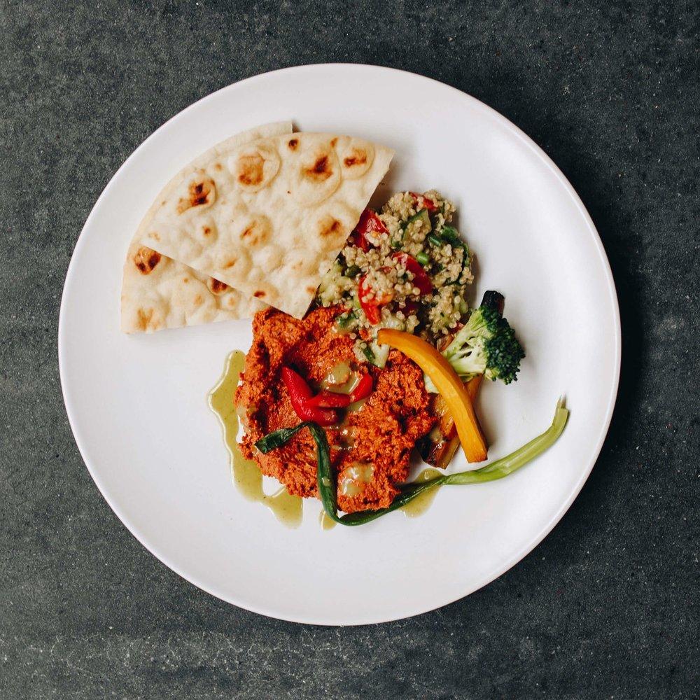Pita Plate - with quinoa relish