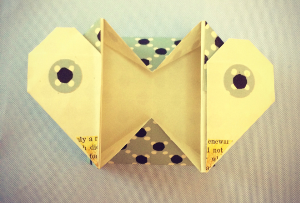 An avian variation on an origami heart box
