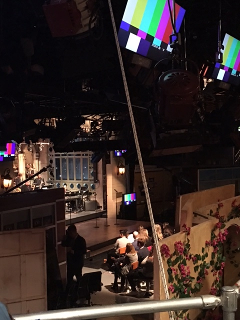 Check out how small the studio is! And there's the flower wall set that was cut.