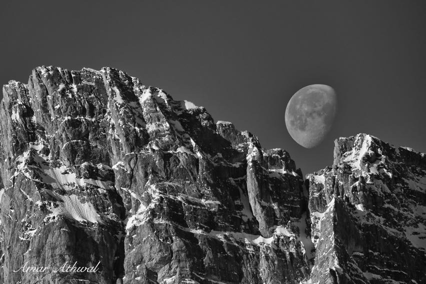 Moon over Cascade Mtn