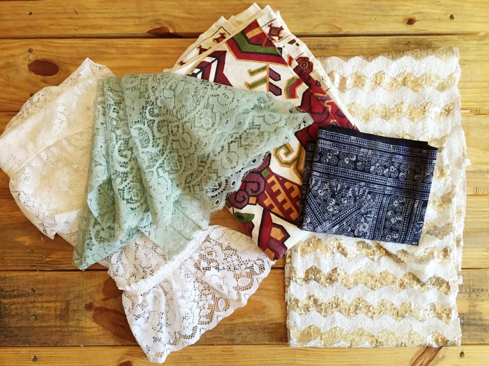 Miscellaneous Table Clothes & Runners