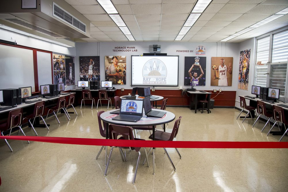 Ray Allen Computer LabHorace Mann Middle05_11_2017Jimmy Abraham_MDCPS_42.jpg