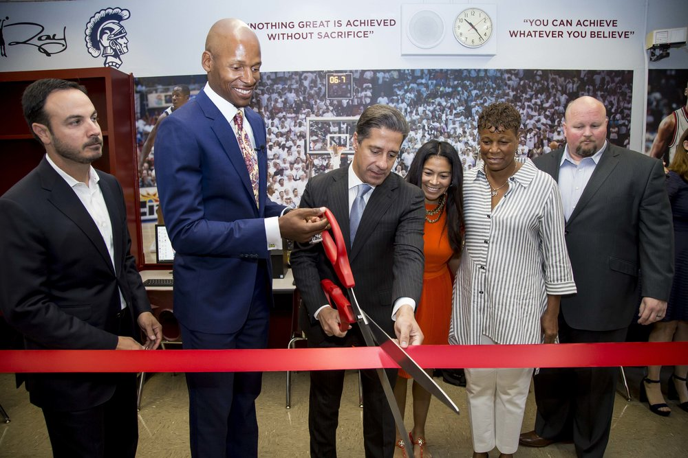 Ray Allen Computer LabHorace Mann Middle05_11_2017Jimmy Abraham_MDCPS_49.jpg