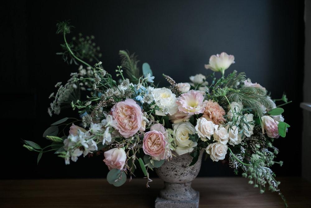 Native-poppy-flowers-martson-house-wedding-event-1