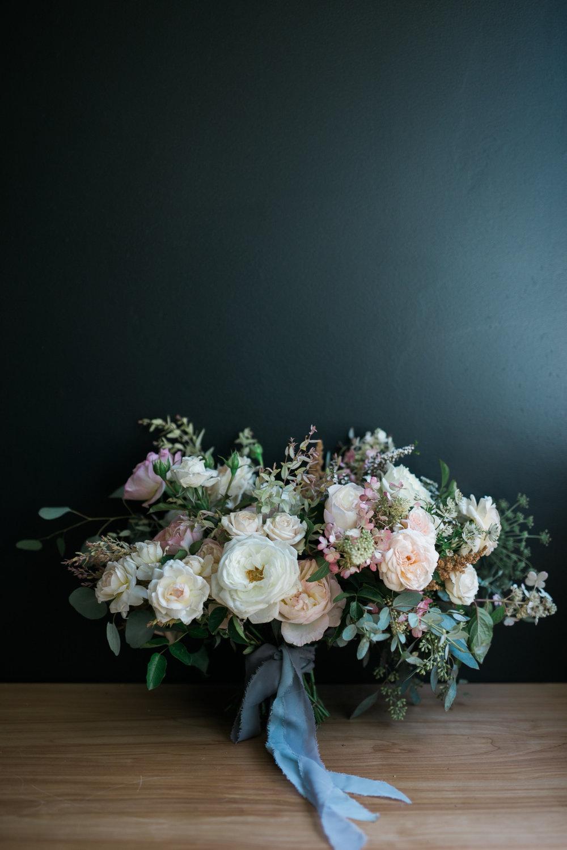 Native-poppy-flowers-martson-house-wedding-event-7