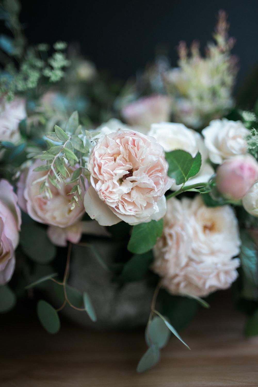 Native-poppy-flowers-martson-house-wedding-event-3