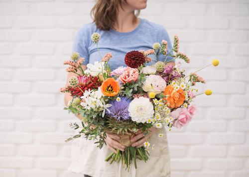 Native-poppy-flower-subscriptions