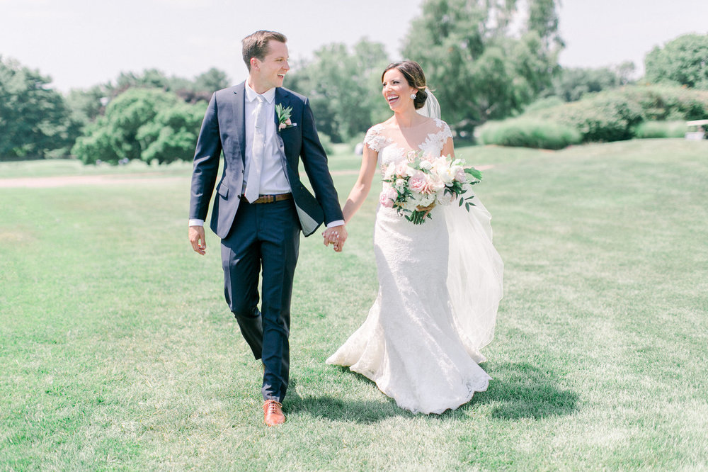 Shorehaven Golf Club wedding bride and groom bridal bouquet boutonniere.jpg