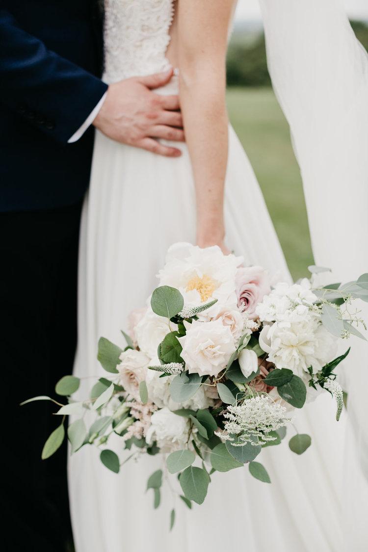 Golf Club boston wedding bridal bouquet white blush roses peonies.jpg