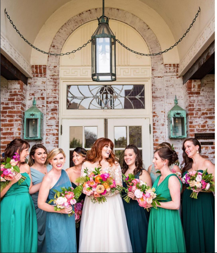 New Haven lawn club wedding bridal party bridesmaids bouquets bridal bouquet tropical bright colorful pink orange ranunculus peonies.png