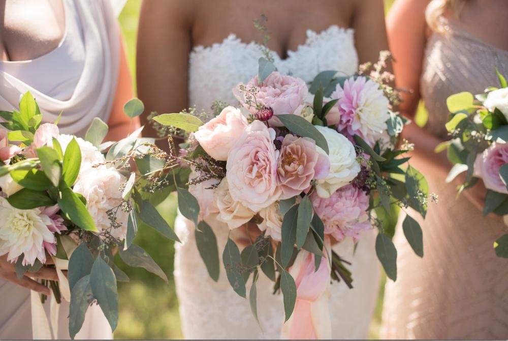 Saltwater Farm Vineyard wedding bride bridal bouquet blush pink white roses dahlias greens.png