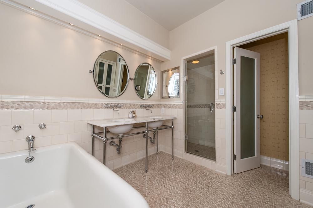 En Suite Master Bathroom with Radiant Heated Floors