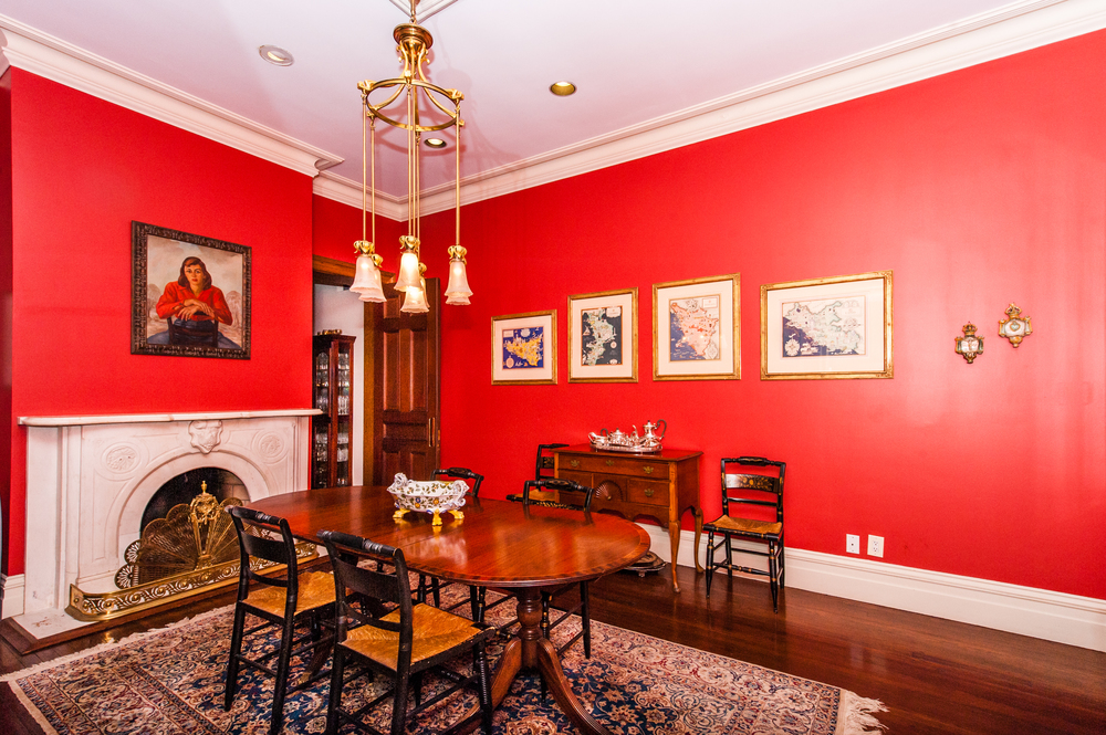 Banquet Size Formal Dining Room