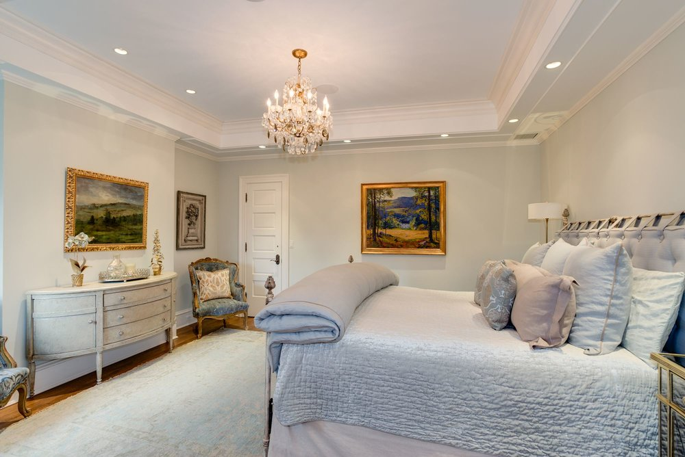 Refined Master Suite