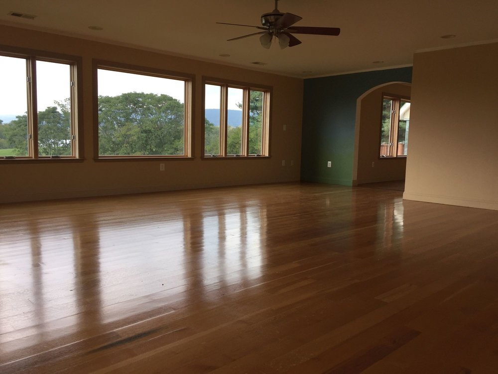 9. Expansive Private Sitting Room.jpg