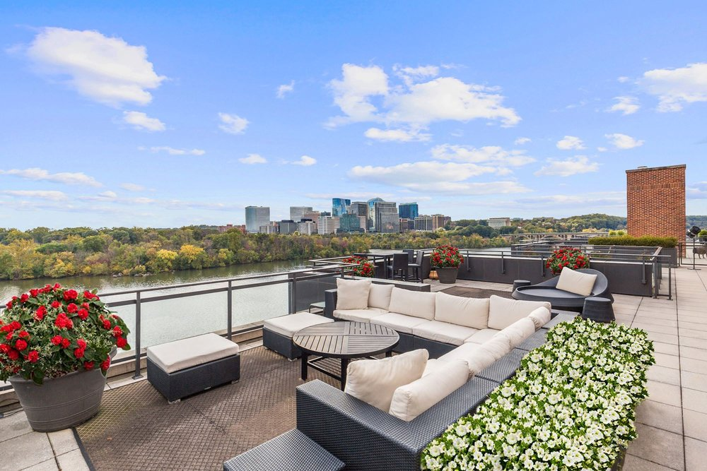 2,225 Sq. Ft. Private Rooftop Terrace