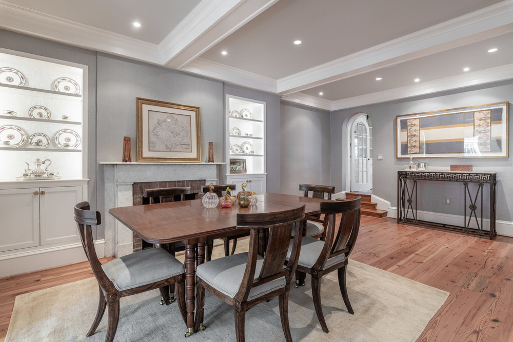 Banquet-sized Dining Room with Fireplace