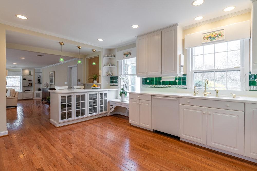 Spacious Kitchen features Breakfast Bar