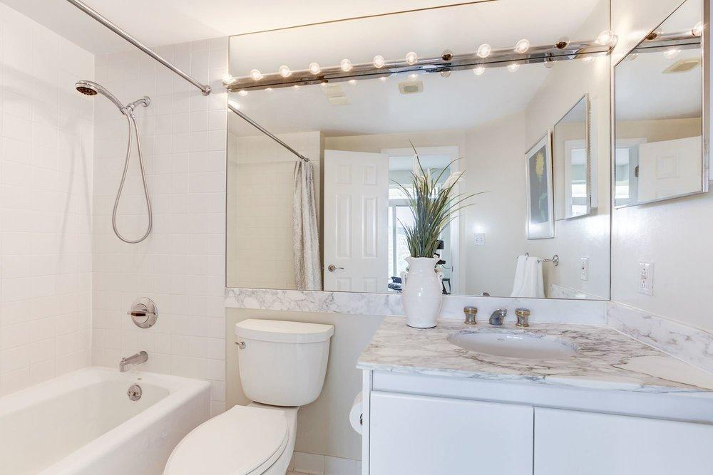 Bedroom Two En Suite Bath