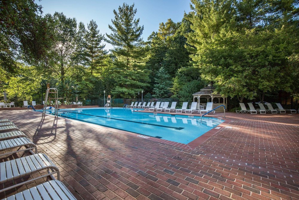 Somerset Outdoor Pool