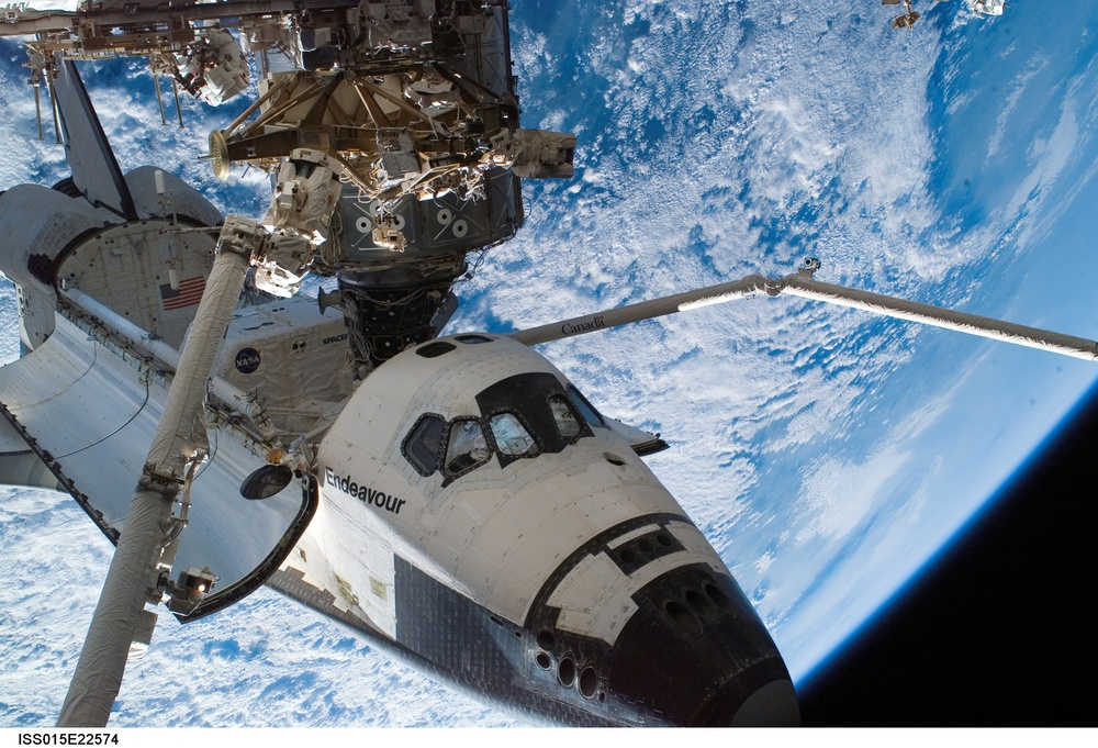 Space Shuttle Endeavour, docked to the Destiny laboratory of the ISS, August 15, 2007. Photo Credit: NASA