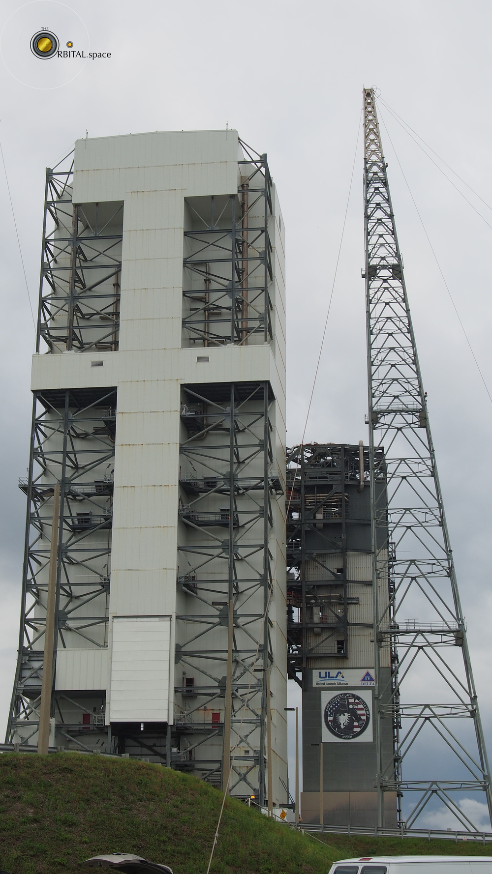 Mobile Service Tower at SLC-37B