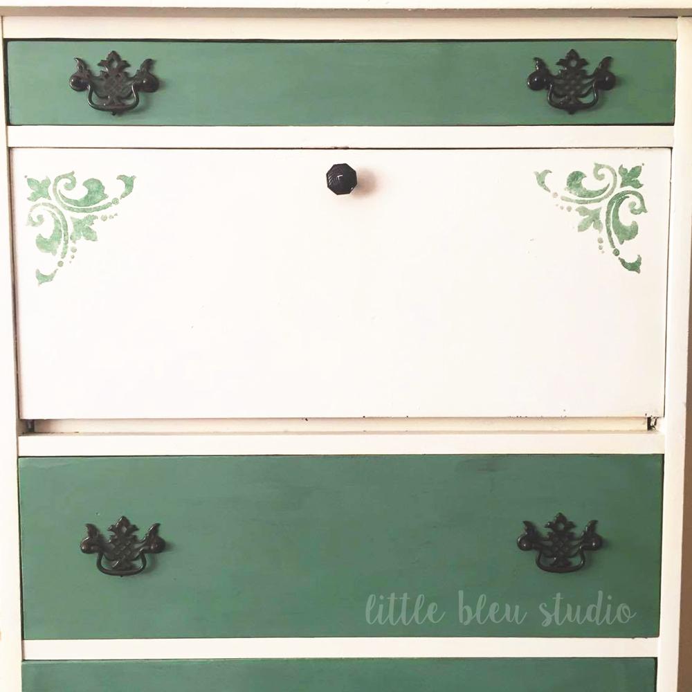 Dresser4.jpg