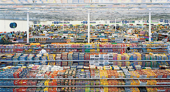 Andreas Gursky, 99 Cent, 1999