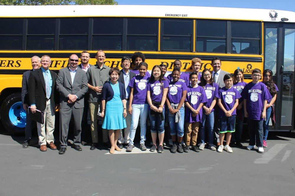 electric buses sacramento 5-2017.jpg