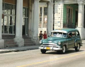 cubancars2.jpg