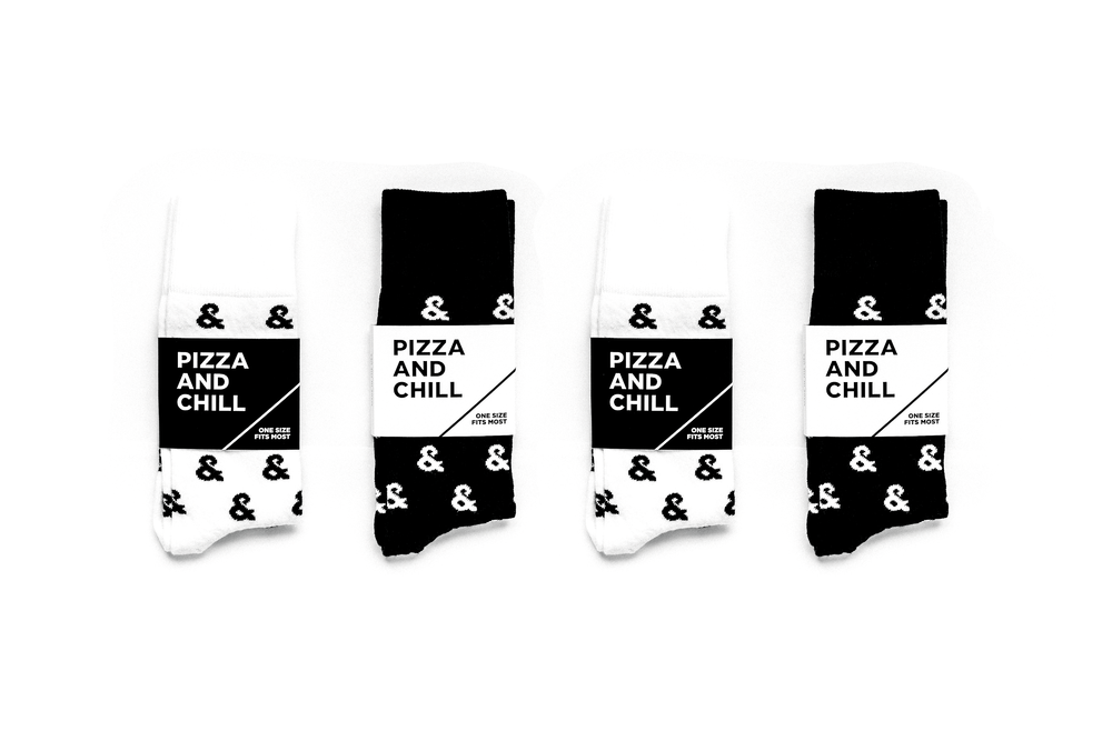 andpizza_Holiday_Socks_Iso-2.png