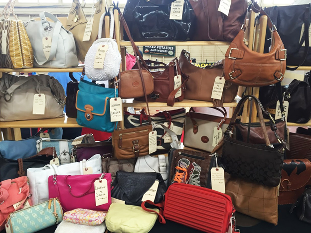 613flea-handbags-sm.jpg