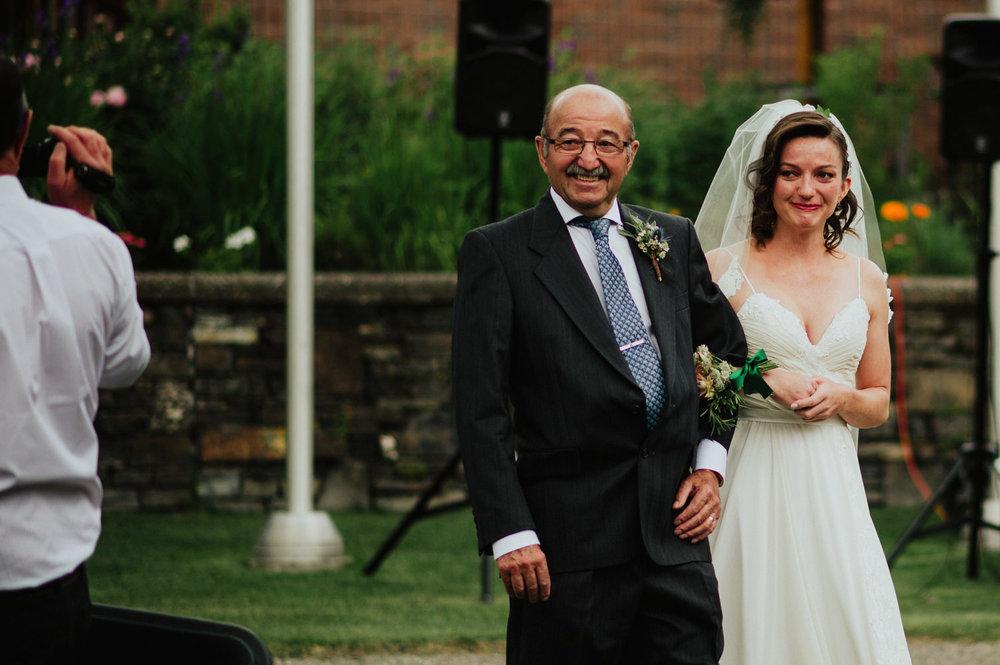 Canmore-Wedding-Photographer-3.jpg