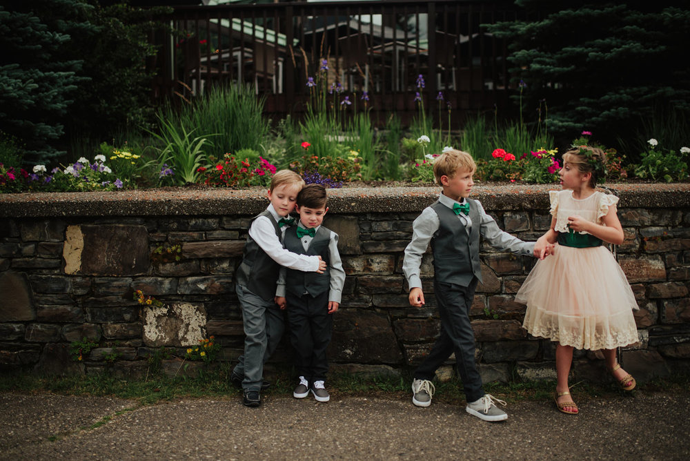 Canmore-Wedding-Photographer-2.jpg