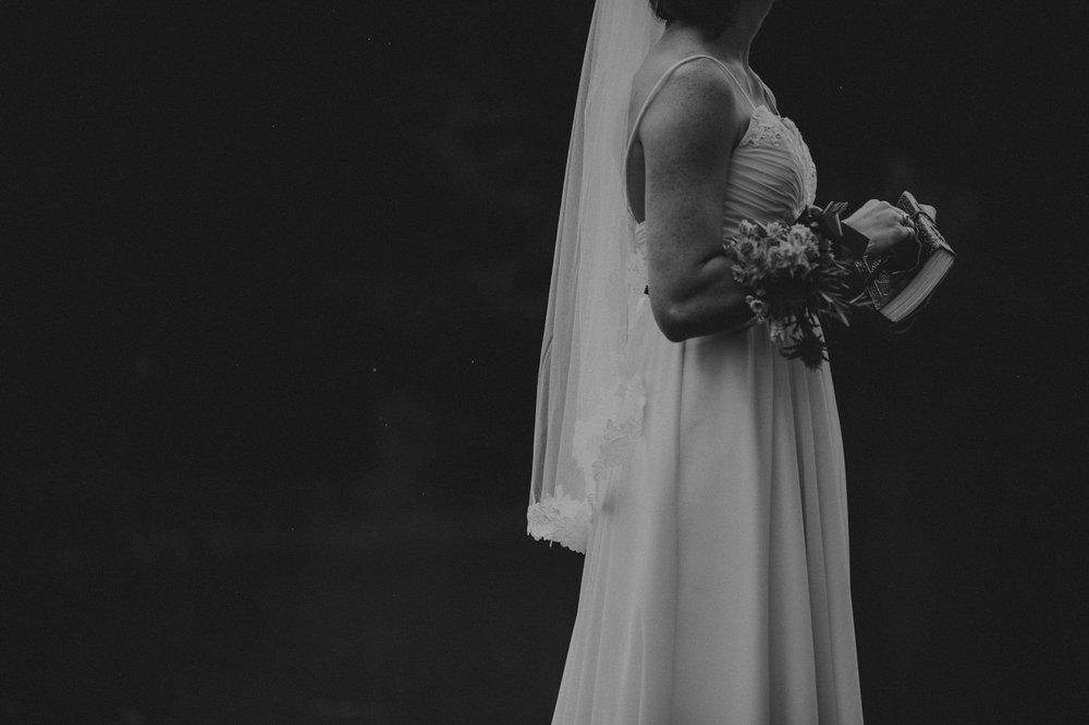 Canmore-Wedding-Photographer-10.jpg