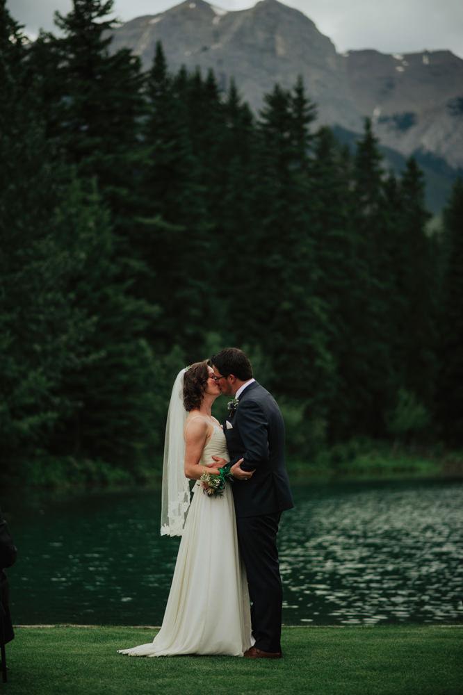 Canmore-Wedding-Photographer-11.jpg