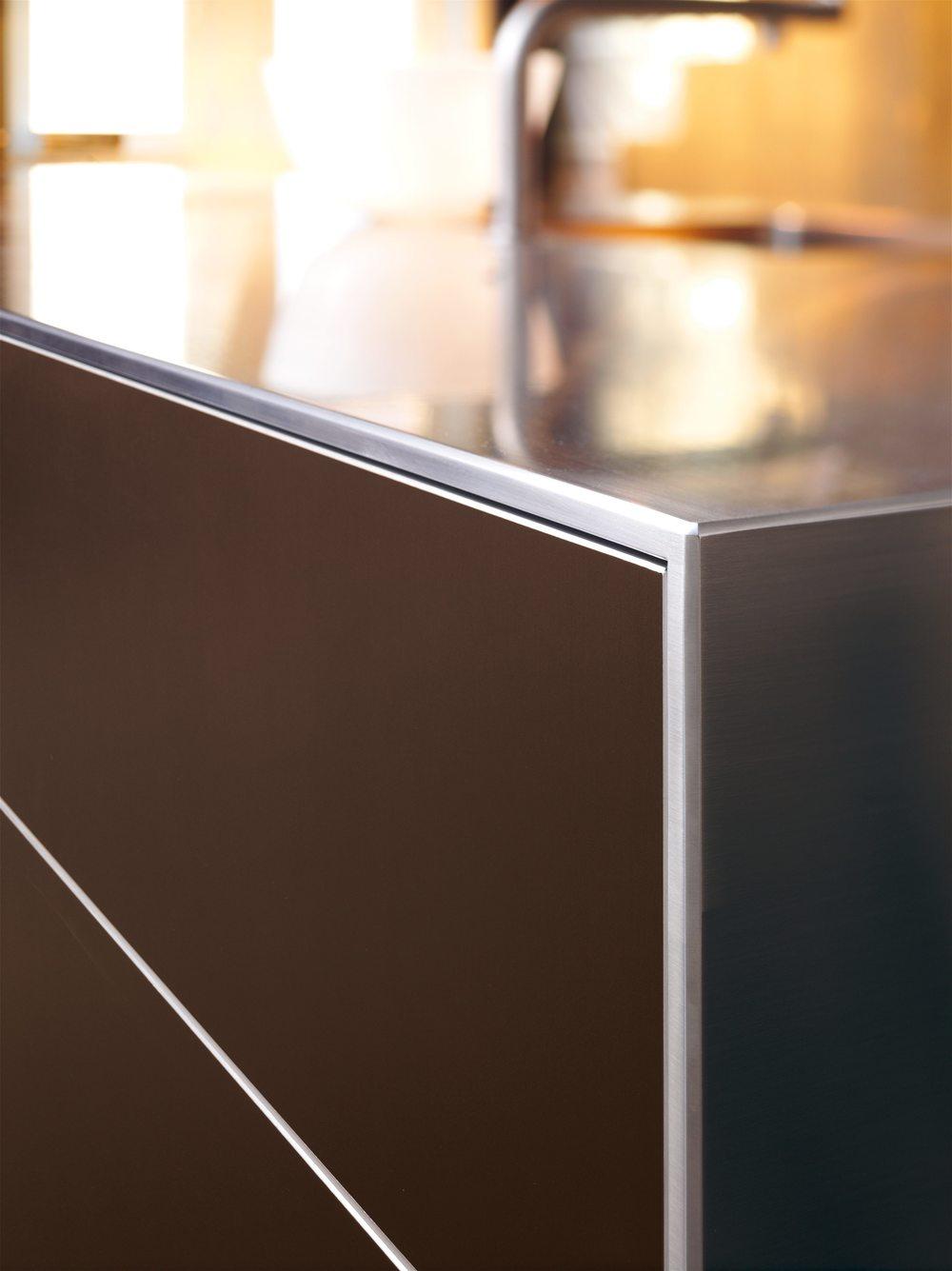 Dettaglio di una cucina di design Sistema B3 della casa Bulthaup, progettata dal designer Herbert H. Schultes.