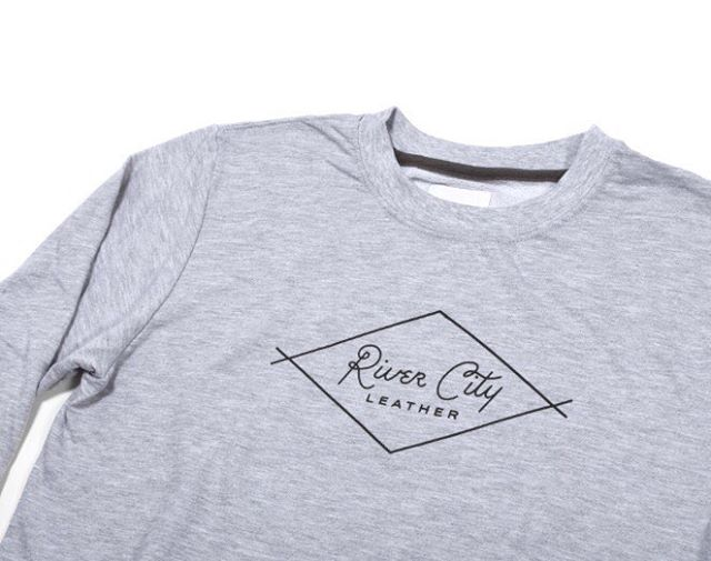 The BEST Diamond Sweatshirt will be restocked in store and online TOMORROW!  20% off thru 2/14