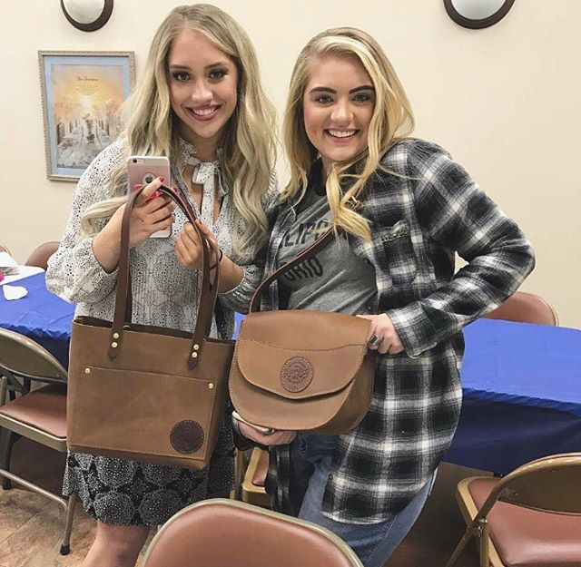 Babes sporting bags #siderssisters #bingo