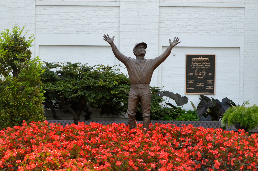 Pat Day statue.