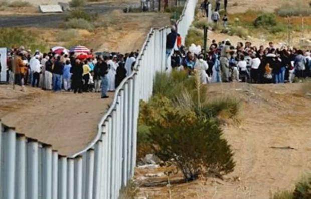 Regan Immigrants at the border.png
