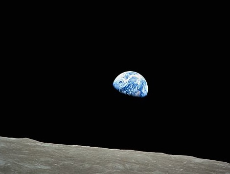 "NASA-Apollo8-Dec24-Earthrise"" by NASA / Bill Anders"