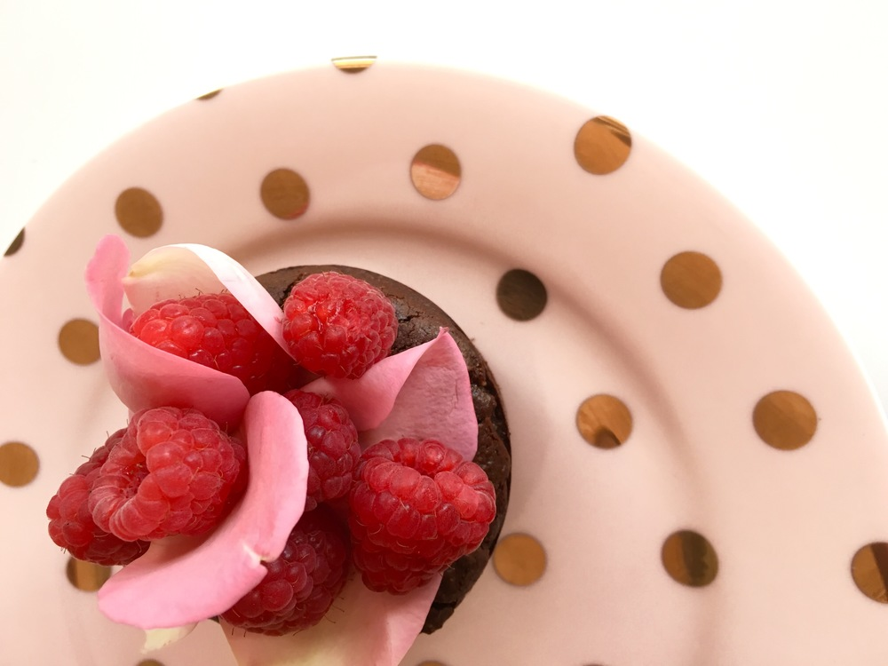 bitter-chocolate-rose-water-mud-cakes-georgiabarnes