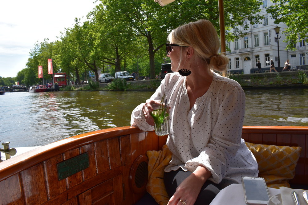 THE ULTIMATE CANAL CRUISE. A PRIVATE BOAT TOUR OF THE CITY, TRADITIONAL HIGH TEA LUNCH AND PERFECT SUMMER-SUNSHINE. PS. FRESH MINT TEA IS DELISH! MINT, HOT WATER, A LITTLE SUGAR! DO IT!