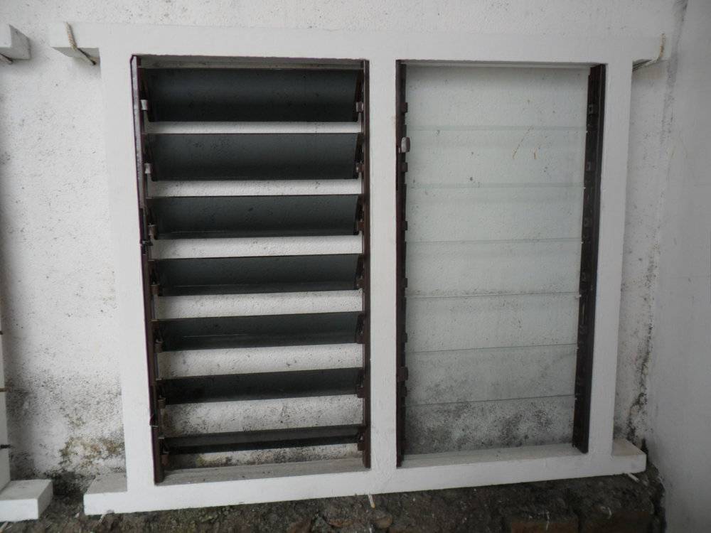 Window frame with Louvres.JPG