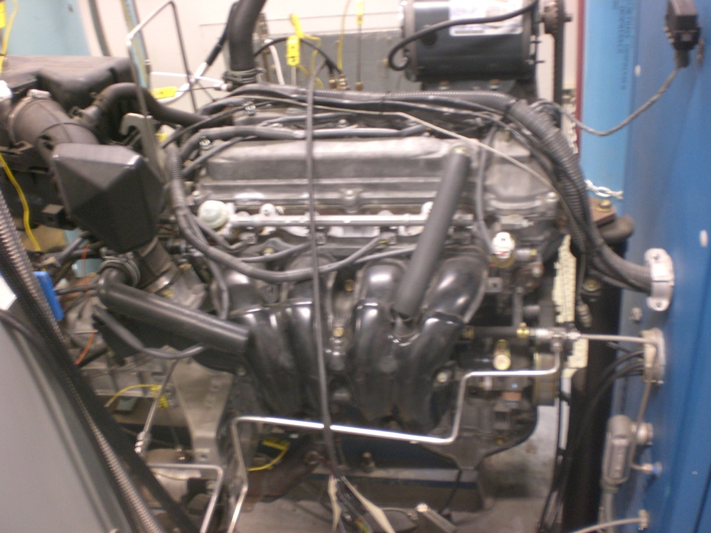 Toyota 2AZ-FE engine, 4 cylinder, 2.4 liter, dual cam overhead