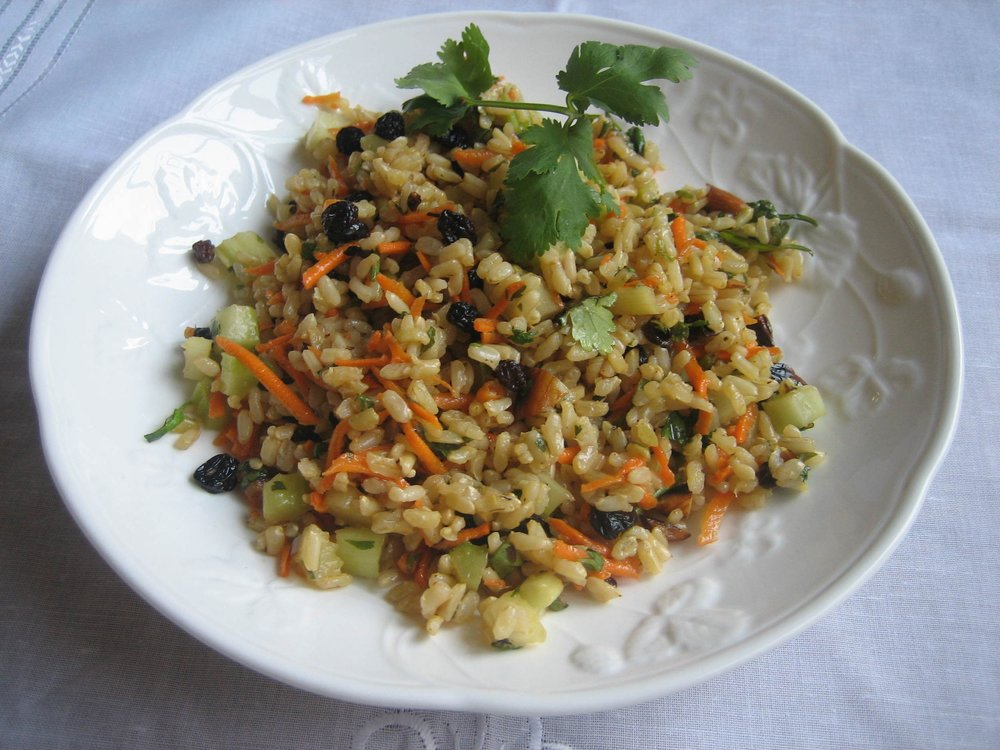 drtrishboetto-carrots, currants and brown rice-post