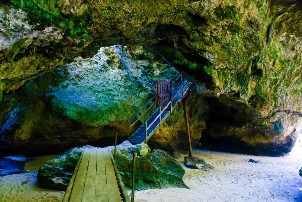Uluwatu Beach Cave